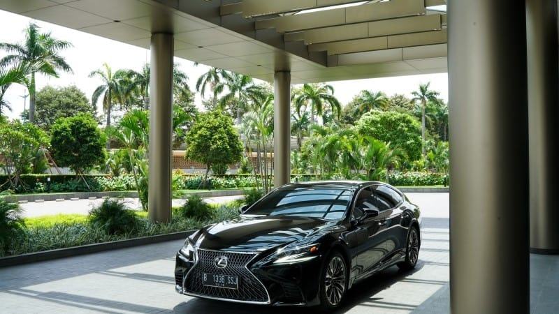 Striking Expression: Lexus LS 500 Test Drive