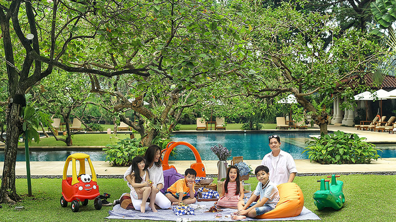 The Dharmawangsa Launches Pool Garden Picnic Program